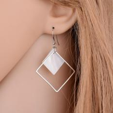 1 Pasang Anting Perempuan - Fashion Korea - Silver