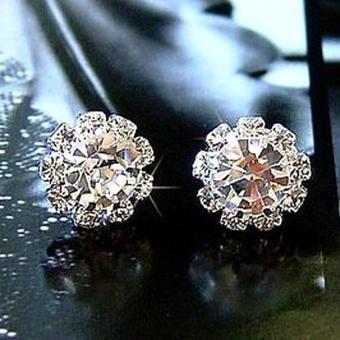 BUYINCOINS 1 pasang model perempuan Perak anting giwang berlian imitasi kristal yang elegan .