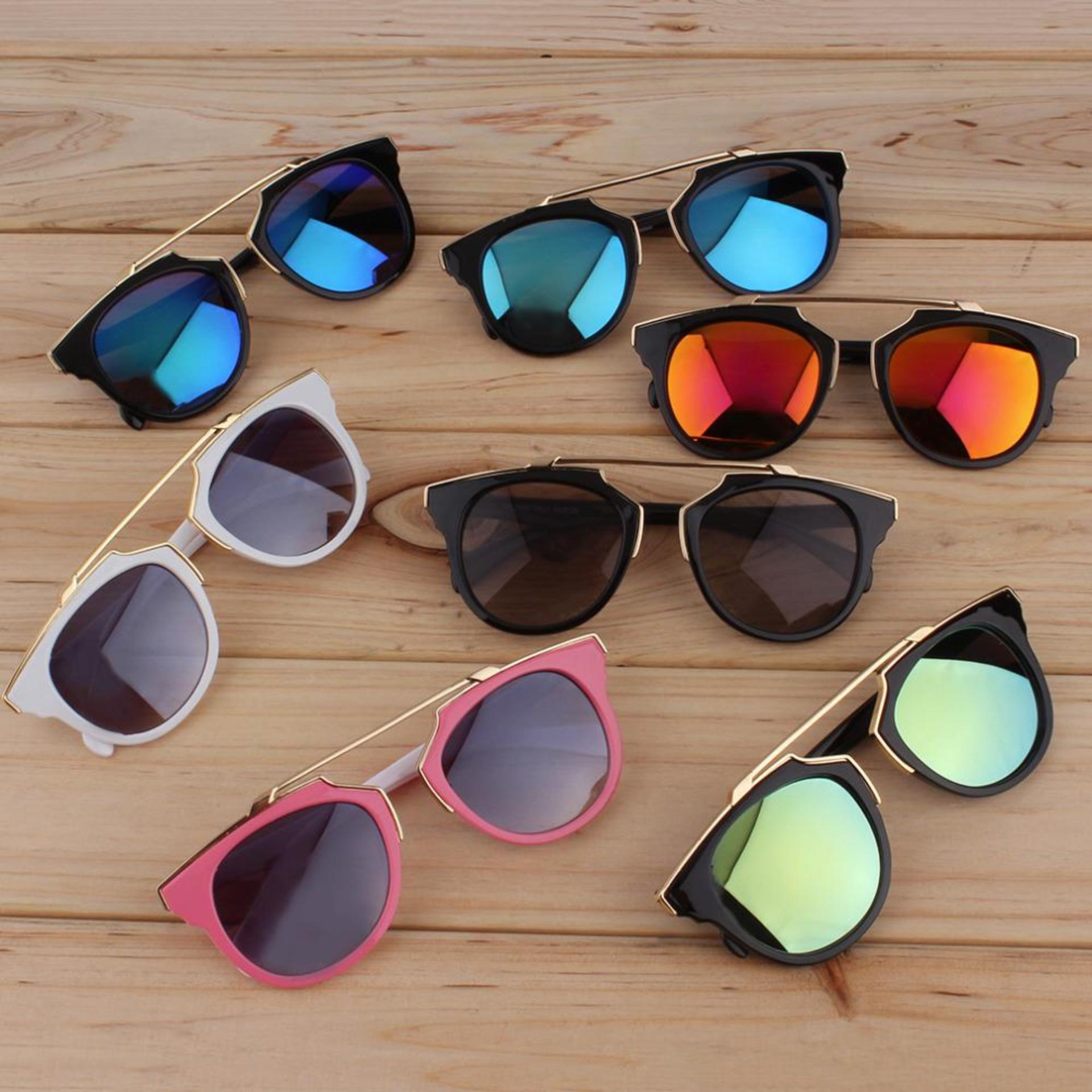 Cat Eye Retro Sunglasses -Kacamata Wanita - Hitam - CHF 008 Green .