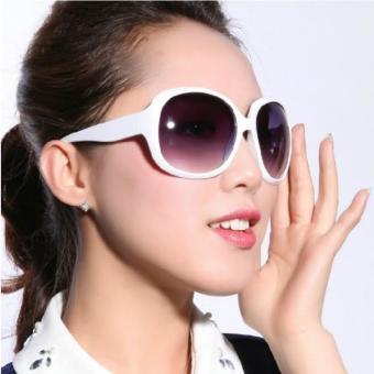 Gambar Fashion SunGlasses Style Kacamata Wanita Anti UV Hitam Clasic Woman  Glasses UV Protector e73e97075a