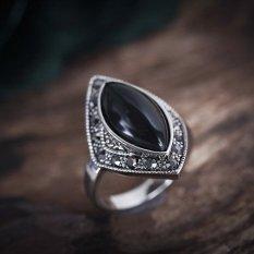 Jari tengah karakteristik Eropa dan Amerika Thai kerajinan perak berlian cincin