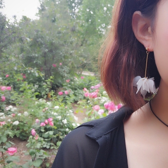 Mai Ding retro style anting-anting bunga anting-anting