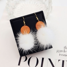 Manis imitasi bulu kelinci perempuan Jepang dan Korea Fashion Style anting lucu anting-anting