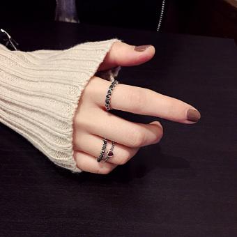 Masuknya orang perempuan cincin ekor mahasiswa beberapa cincin