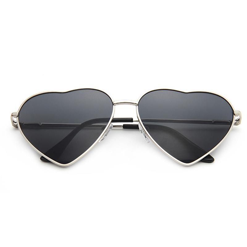 Neutral Fancy Classic Metal Men & Women Sunglasses Heart Shape Sunglasses - Gold Box Full Gray