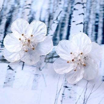 Peri transparan buatan tangan kelopak bunga anting-anting