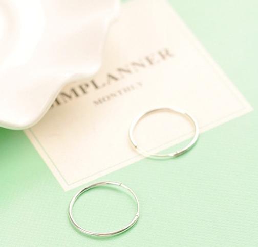 Ukuran s925 lingkaran sederhana pria dan wanita hypoallergenic cincin telinga anting-anting bulat