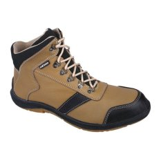 Syaqinah Sepatu Boots Pria